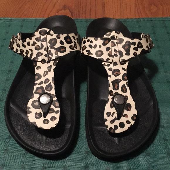 370aebf95623 Birkenstock Shoes - Betula by Birkenstock size 36 L5 animal print